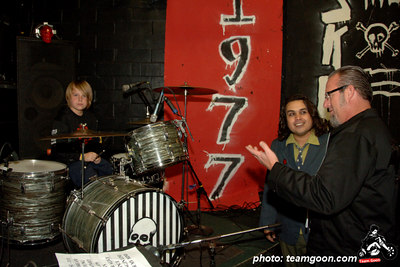 The Strange Ones - Skulls last show at The Showcase Theater - Corona, CA - March 10, 2006