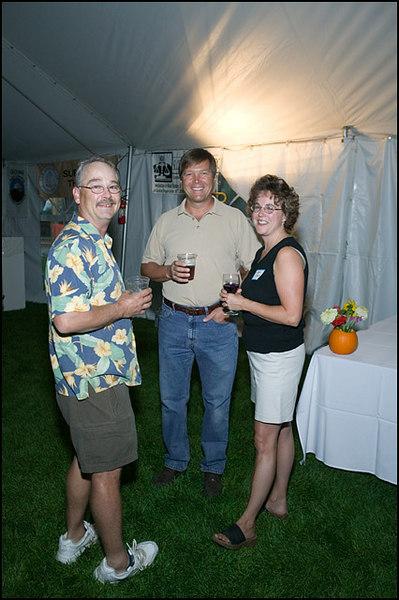 0039 Folk Festival  Sept 7 06