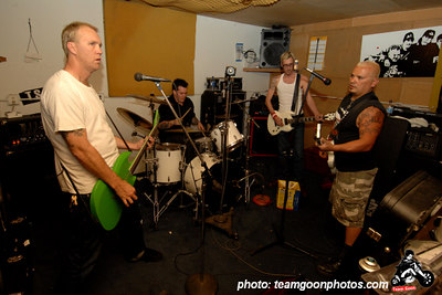 Practice for The Brent Liles benefit show- with DI and Tiny of TSOL
