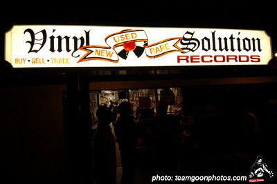 Vinyl Solution - Tipper's Gore Record Release at Vinyl Solution Records in Huntington Beach, CA June 19, 2007