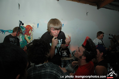 Tippers Gore - Second Opinion - E-coli - Bad Antics - Bad Reaction - COP - Time Bombs - at The Clinic - March 31, 2007 - Santa Ana, CA