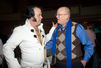 Matt Ragano as Elvis Presley with Belvidere mayor Fred Brereton at the Apollo Theater.