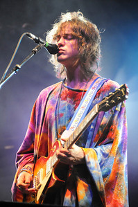 MGMT Performing at Reading Festival 2008