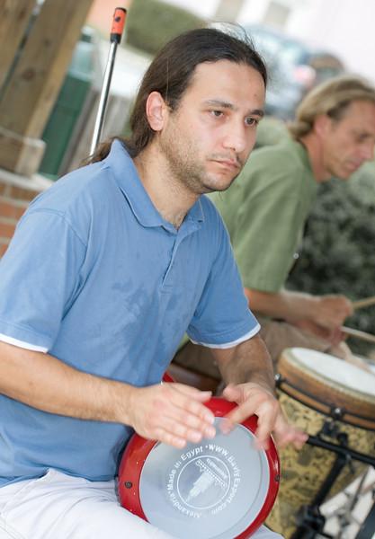 20080928 Carrboro Music Festival (9388, 1525p, c2008 Dilip Barman)