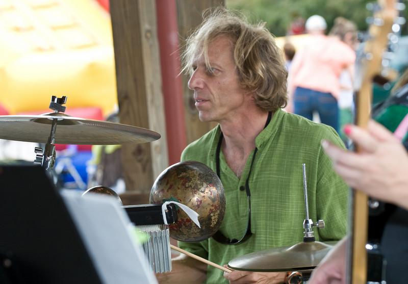 20080928 Carrboro Music Festival (9370, 1520p, c2008 Dilip Barman)