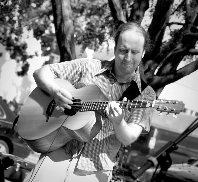 20080928 Carrboro Music Festival (9324, 1357p, c2008 Dilip Barman)