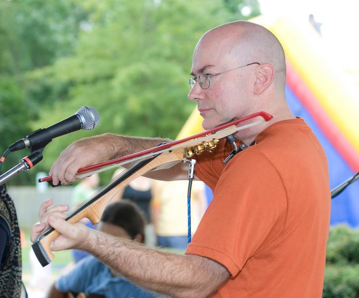 20080928 Carrboro Music Festival (9377, 1522p, c2008 Dilip Barman)