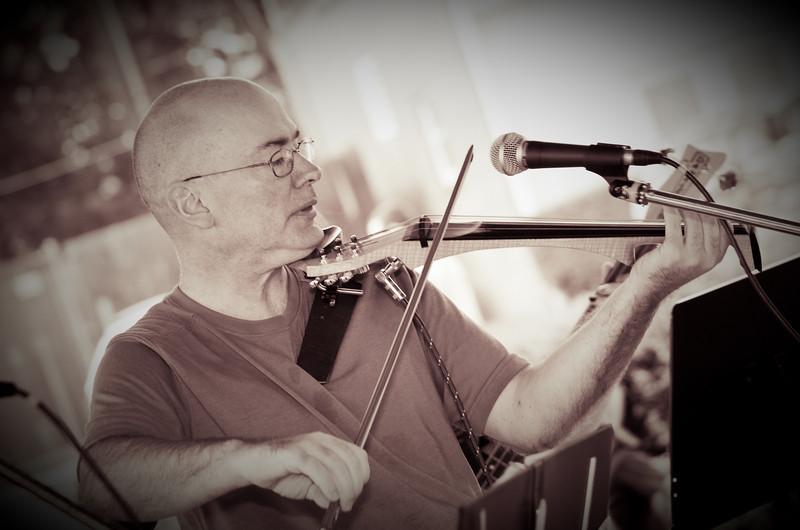 20080928 Carrboro Music Festival (9392, 1526p, c2008 Dilip Barman)