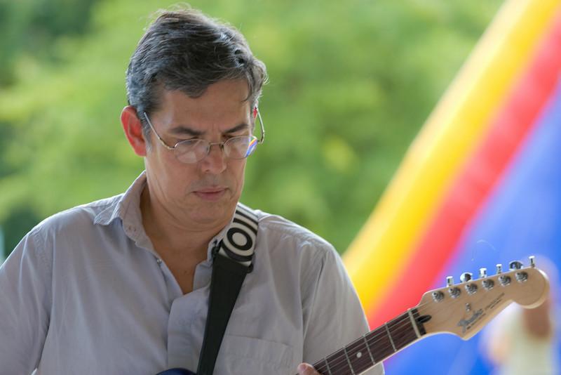20080928 Carrboro Music Festival (9358, 1515p, c2008 Dilip Barman)