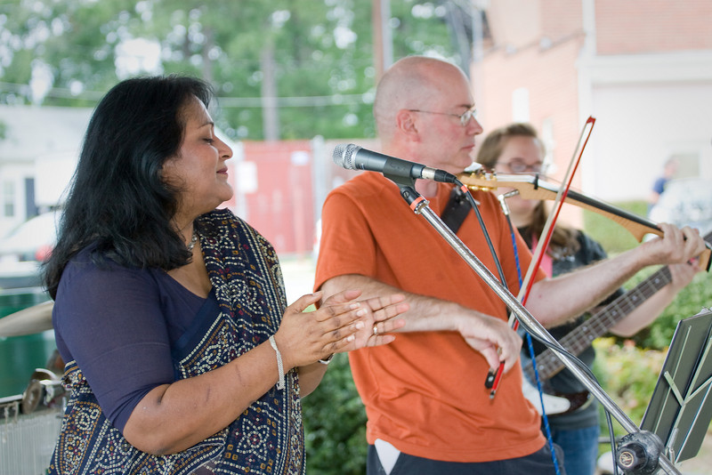 20080928 Carrboro Music Festival (9397, 1528p, c2008 Dilip Barman)