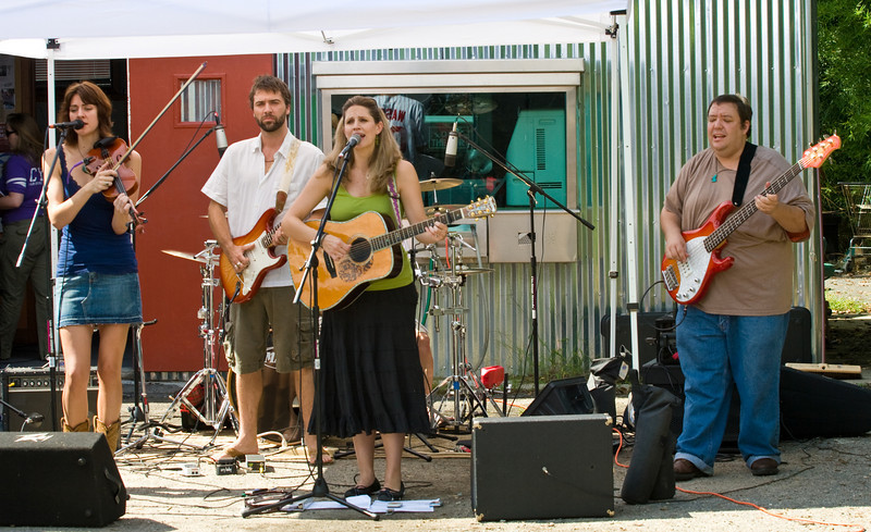 20080928 Carrboro Music Festival (9308, 1346p, c2008 Dilip Barman)