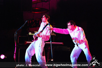 Weezer - at The Hollywood Palladium - Hollywood, CA - October 24, 2009