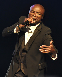 Seal performing at Birmingham NIA - 22/06/09