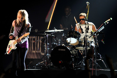 The Ting Tings & Estelle perform at the Brits 2009