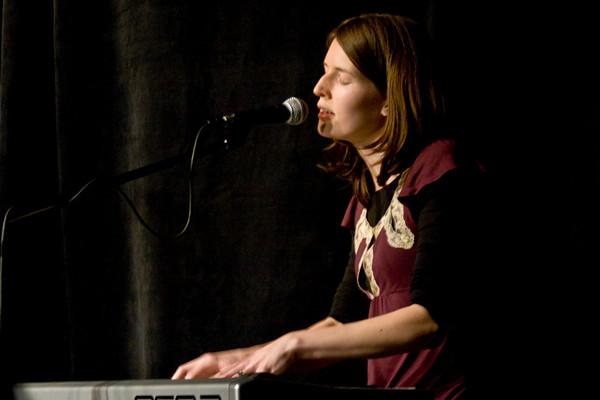 2009_03_06 Willowfair at Bongo Java in Nashville
