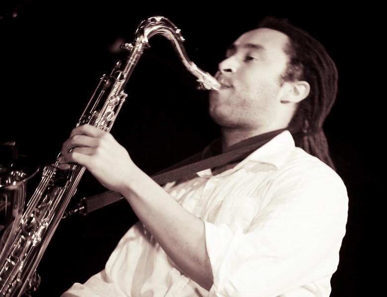 03 Nat Love,Saxophone,English Beat-Jun 5 2009,CarrboroNC (1157p) [NN]