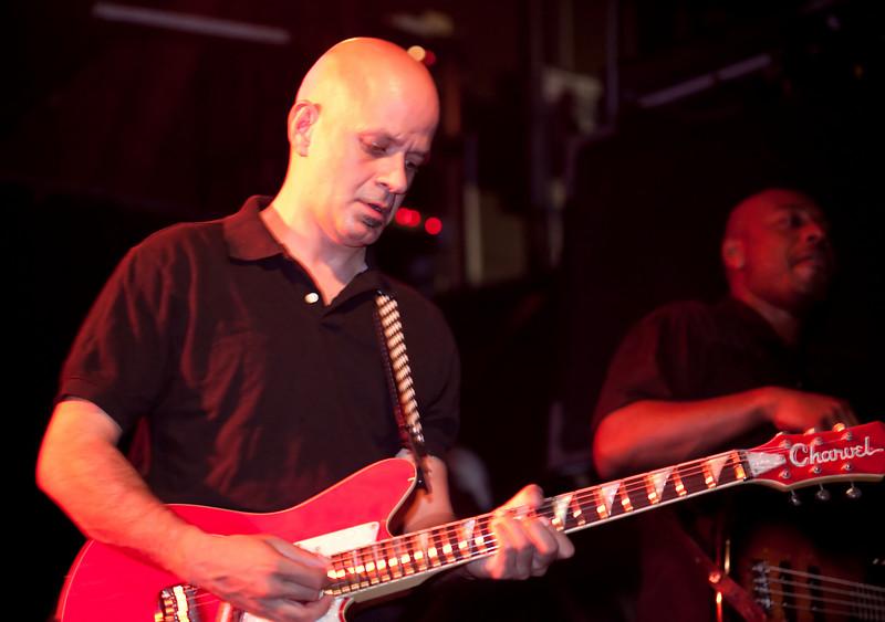 04 Jai Vatuk,Guitar,English Beat-Jun 5 2009,CarrboroNC (1145p) [NN]