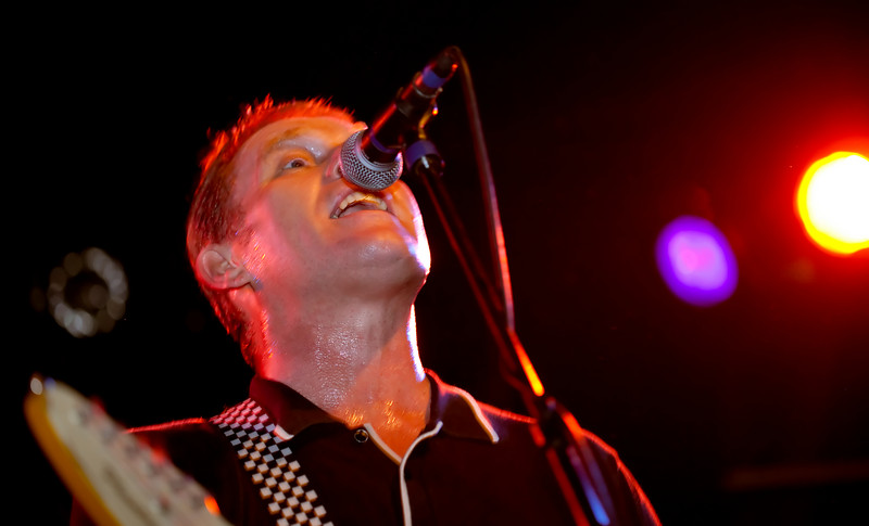 01 Dave Wakeling,Vocal&LeadGtr,English Beat-Jun 5 2009,CarrboroNC (1138p) [NN]