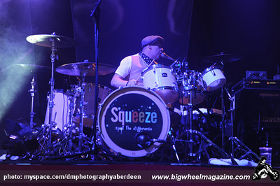 The Squeeze - at The Music Hall - Aberdeen, Scotland - November 22, 2010