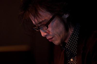 2010.05.19 : Chihei Hatakeyama live at Cafe OTO