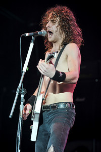 Airbourne @ Hammersmith Apollo, London - 01/04/10