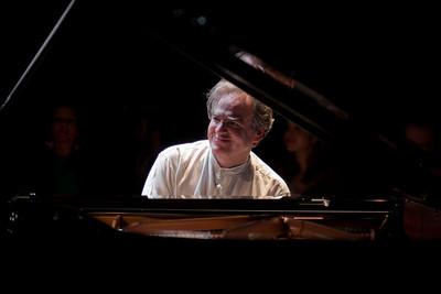 2010.11.06 : Benjamin Taubkin live at LIFEM
