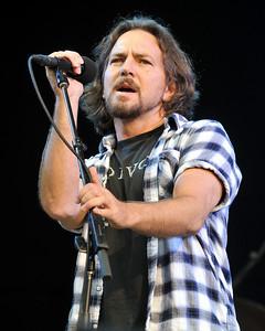 Ben Harper performs at Hard Rock Calling 2010 - 25/06/10