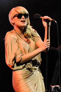 Melody Gardot performs at The London Palladium - 18/04/10