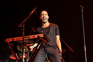 Ryan Leslie performs at Wembley Arena - 14/02/10