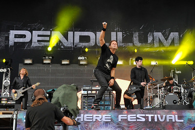 Pendulum perform at Sonisphere Festival 2010 - 01/08/10