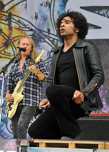 Alice In Chains perform at Sonisphere Festival 2010 - 01/08/10