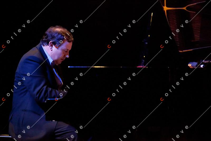 Yvette Johansson and Mark Sholtez with the Joe Ruberto Trio