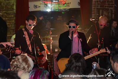 Johnny Madcap and The Distractions - Majorelle - Hands Like Bricks - at The Old Towne Pub - Pasadena, CA - February 19, 2011