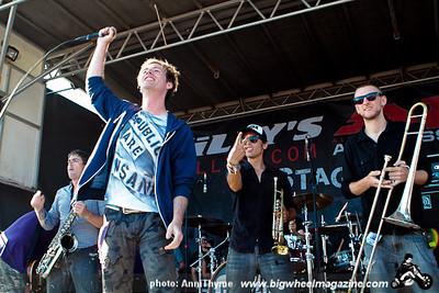 Warped Tour - at Seaside Park - Ventura, CA - July 3, 2011