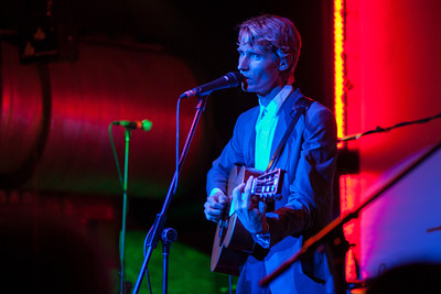 2012.03.12 : Tom Brosseau live at Cargo