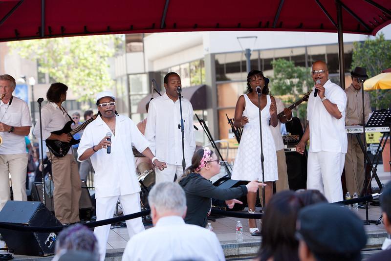 2012.08.29 Oakland City Center Summer Sounds Concerts-Pure Ecstasy