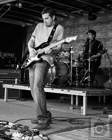 One Under reunion Hoopla In The Hills 2013 see More images at: http://www.davidschwartzphoto.com/Music/2013-Hoopla-In-The-Hills