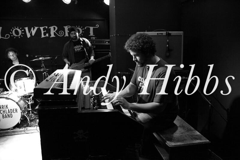 Henrik Freischlader Band-9723