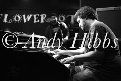 Henrik Freischlader Band-9724