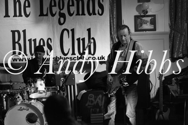 Legends Blues-2600
