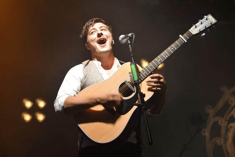 Mumford & Sons perform at Reading Festival 2010 - 27/08/10