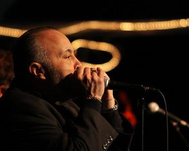 IMG_9008_Moose_singer_harmonica