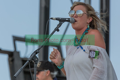 Amber Digby & Midnight Flyer at Willie Nelson's 4th of July Concert 2014