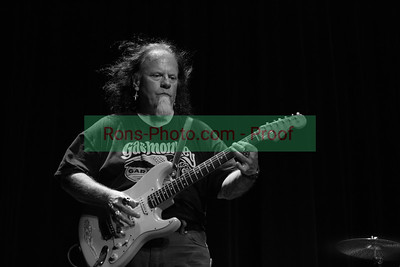 Harsh Blues - Smokin' Joe Kubek & Bnois King