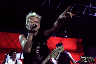 Sum 41 @ Qualcomm Stadium (San Diego, CA); 8/05/16