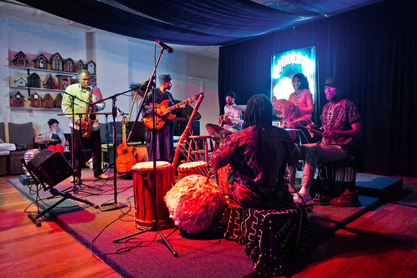2016.09.23_Yacine Kouyate, musician from Mali & band