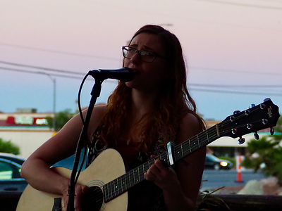 2018-06-21 Haley Sawtelle at Big Dog's Brewing-01