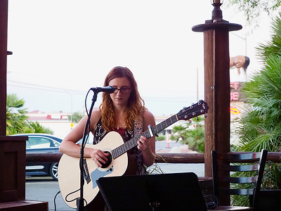 2018-06-21 Haley Sawtelle at Big Dog's Brewing-07