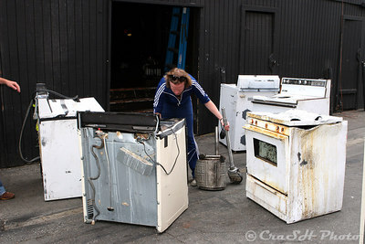 Aslag checks out hte conditon of the appliances. They have to replace most of them for each show.  Hmmm...I wonder why?