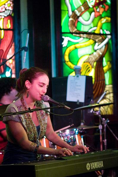 Alexa Ray Joel at Hard Rock Cafe Baltimore MD May 21 2006 Image Copyright  © Jason A. Knauer